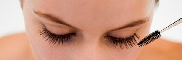 Как правильно наносить макияж - фото