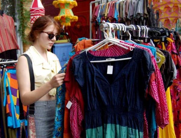 Отправляемся за покупками: одежда секонд хенд.